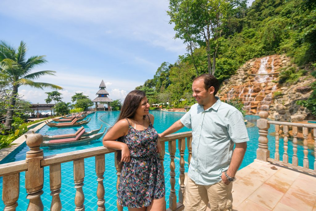 Engagement photographer base on Phuket